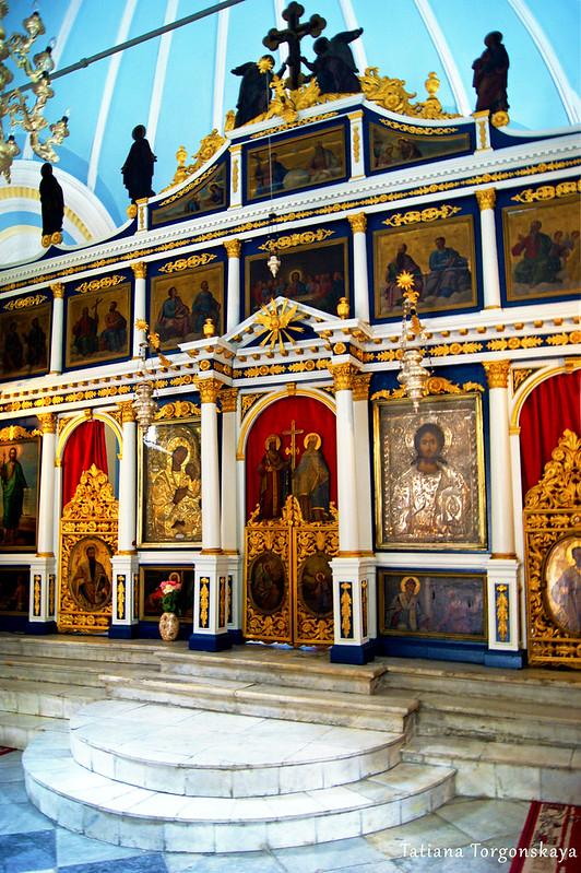 Иконостас  церкви Св. Спаса