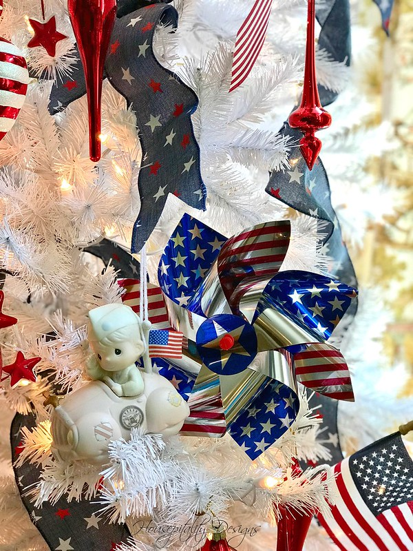 Patriotic Tree-Housepitality Designs-11