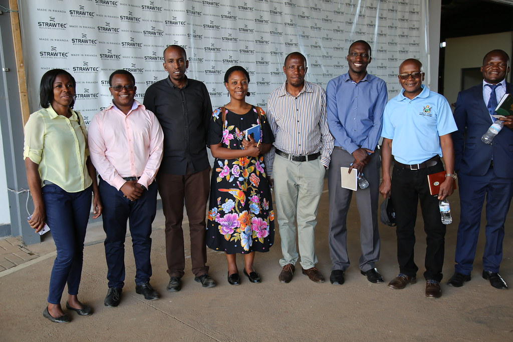 Delegation from Zimbabwe visits Rwanda Green Fund