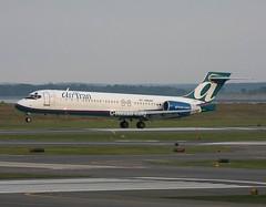 AirTran Boeing 717 N964AT