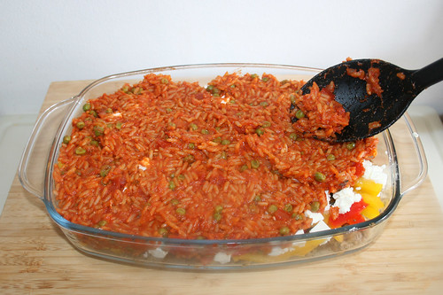 59 -Tomatenreis auftragen / Add tomato rice