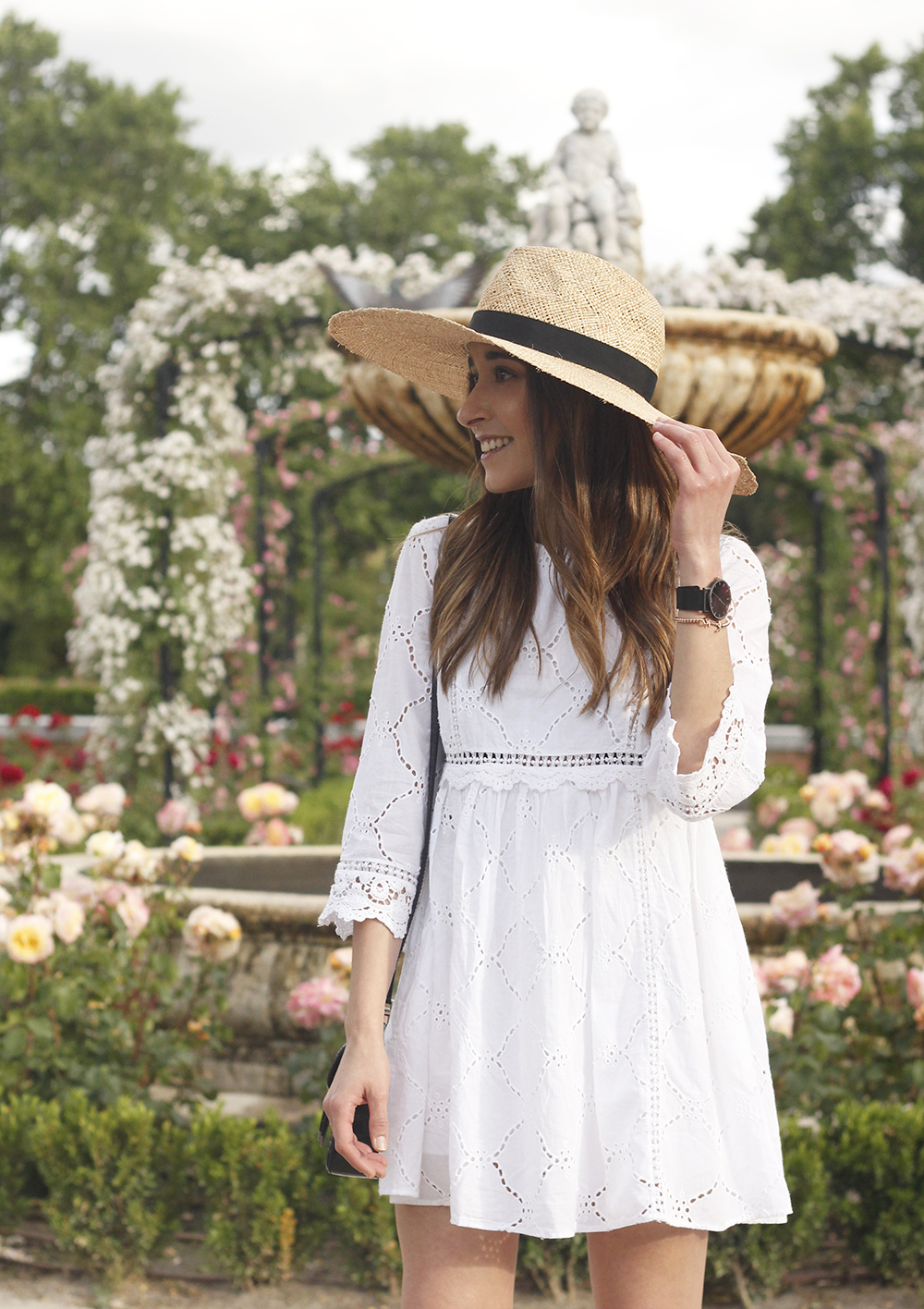 white summer dress givenchy bag street style outfit 2018 el retiro17