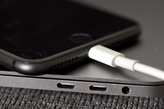 Cảnh giác lỗi khiến iPhone tụt pin 'không phanh' khi lên đời iOS 11.4