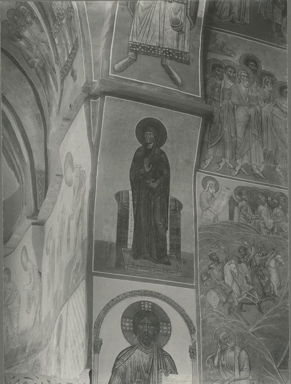 Фреска  южной ветви подкупольного креста -  Богоматерь из «Благовещения»