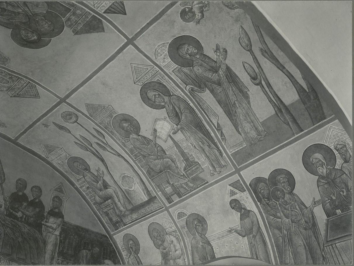 Фрескиюго-западного компартимента под хорами    Спасо-Преображенского собора Мирожского монастыря