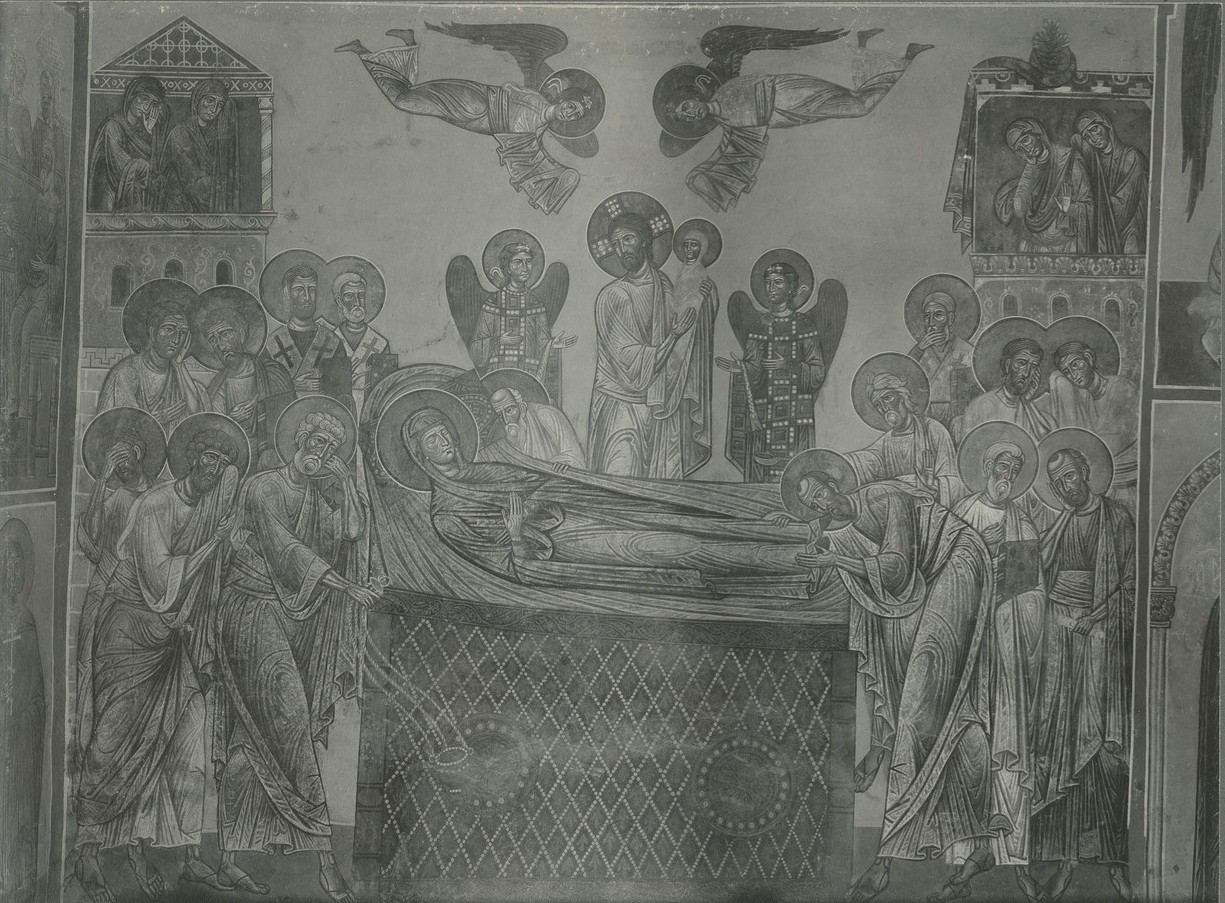 Фреска  «Успение Богородицы» после полной её прописи