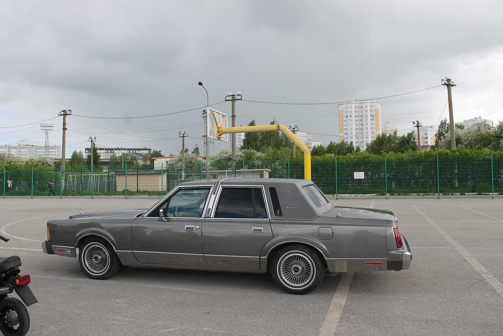 Верхняя Пышма - машины и фонтаны. только, тогда, машины, этого, ездили, сзади, гараже, такого, будет, нужно, вагон, таких, мопед, ездил, безлошадный, агрегат, улицам, потом, автобусы, стоял