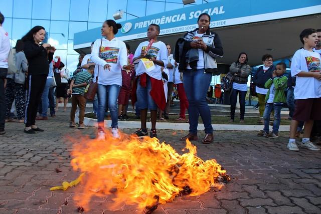 Ato e ocupação no INSS contra desmonte do Serviço Social e ingerências políticas no órgão