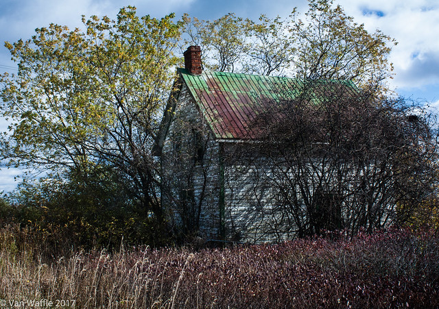 Abandoned farmhouse, Prince Edward County