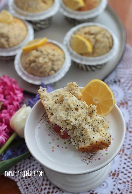 limonlu haşhaşlı kek 011