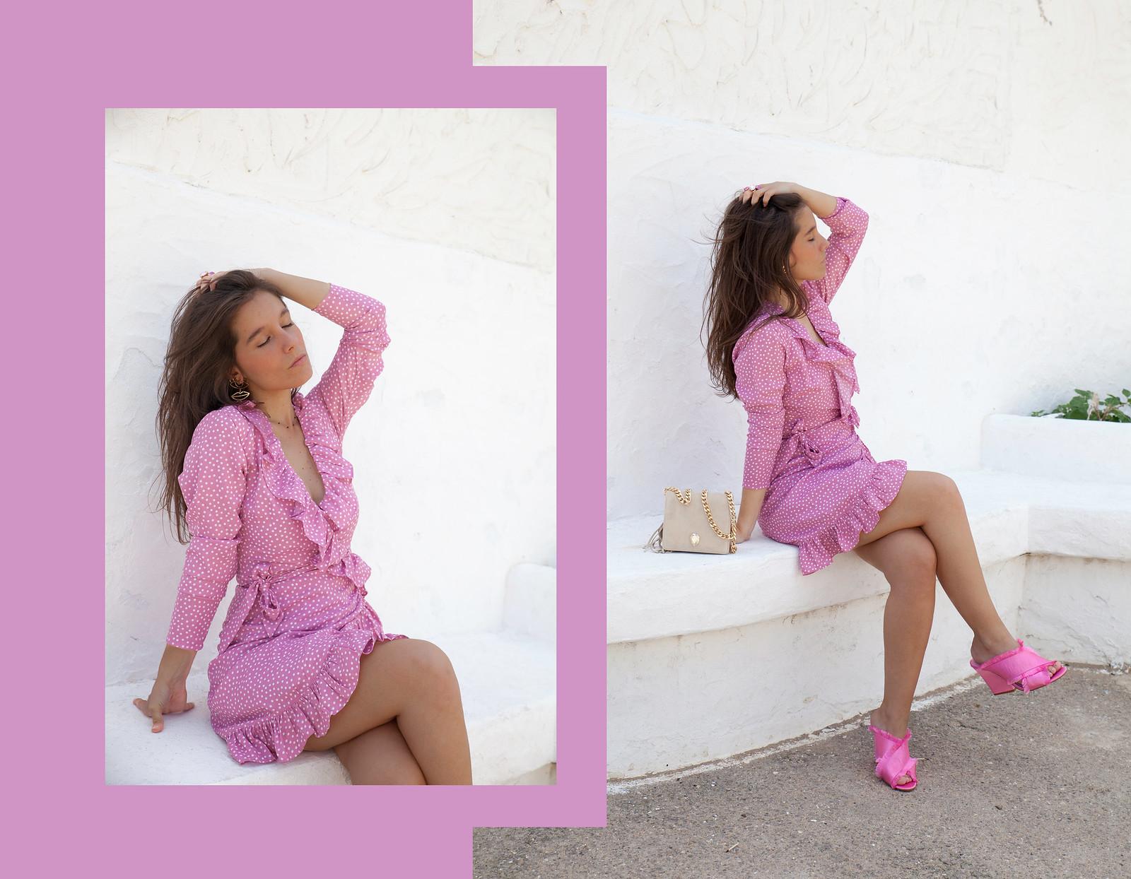 Vestido cruzado con volantes y lunares rosa