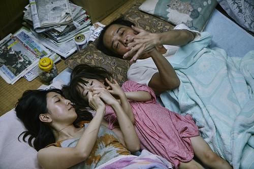 映画『万引き家族』 ©2018フジテレビジョン ギャガ AOI Pro.