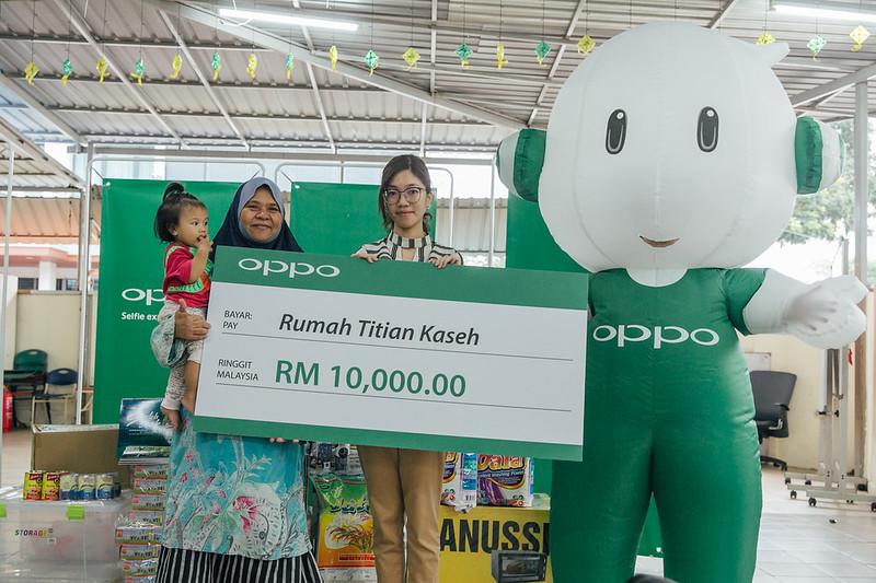 OPPO Brings Joy