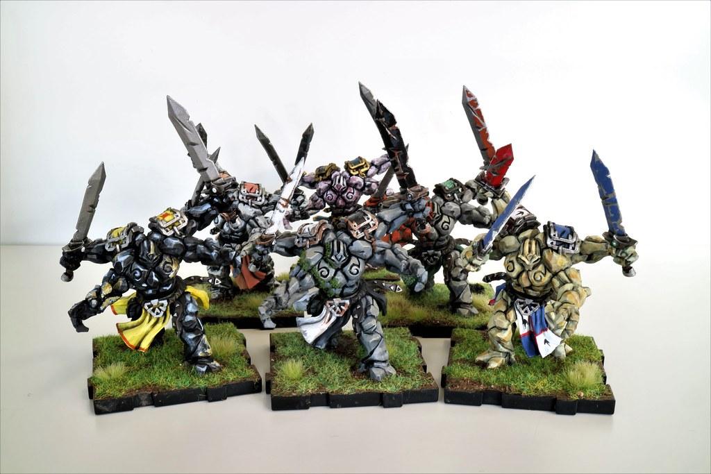 Runewars Miniatures Daqan Rune Golem Mob