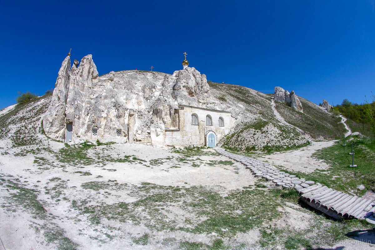 Пещерная церковь Дивногорского Свято-Успенского мужского монастыря фото 3
