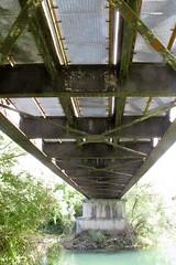 Pont en poutre à treillis à Parcey