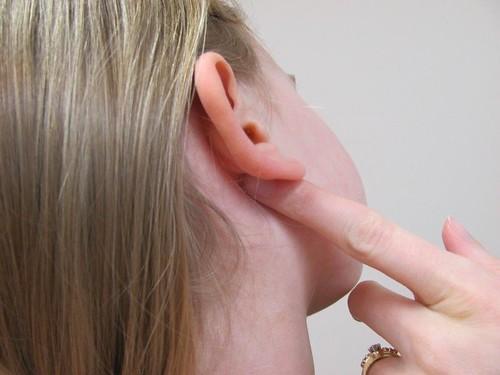 Obat Benjolan Di Belakang Telinga Tanpa Operasi