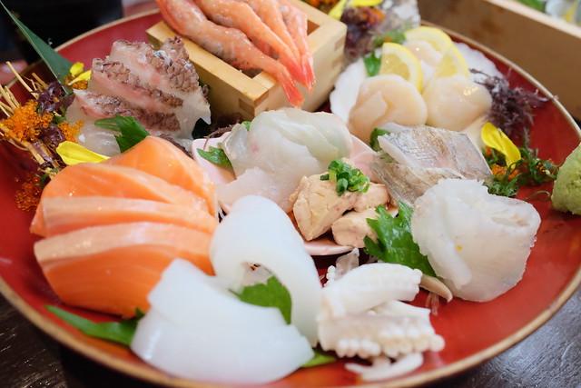 Photo:23番地 ・ 名物 ◆~漁師町の 【大漁・板盛り】~ ★常時:5~7点盛り★ By HAMACHI!