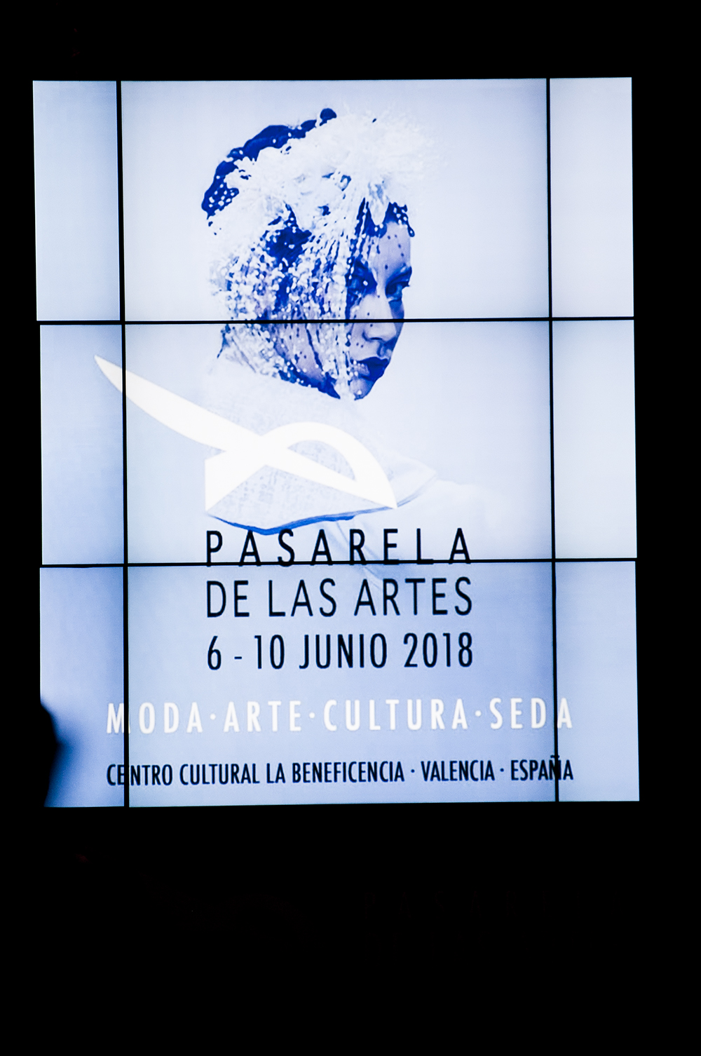 pablo escudero_somethingfashion valencia spain bloggers influencers runway streetstyle pasareladelasartes silk unesco road_0817
