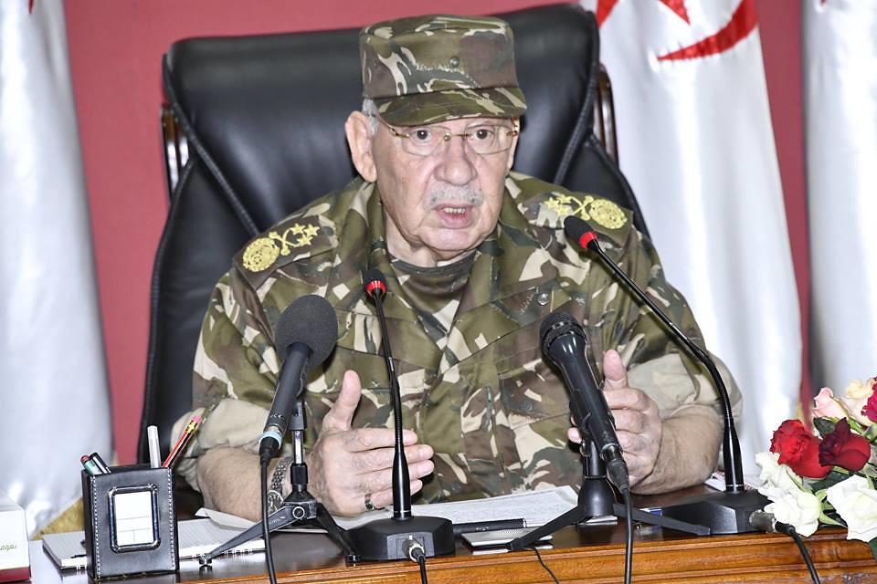الجزائر : صلاحيات نائب وزير الدفاع الوطني - صفحة 23 28769976658_de430717a7_b