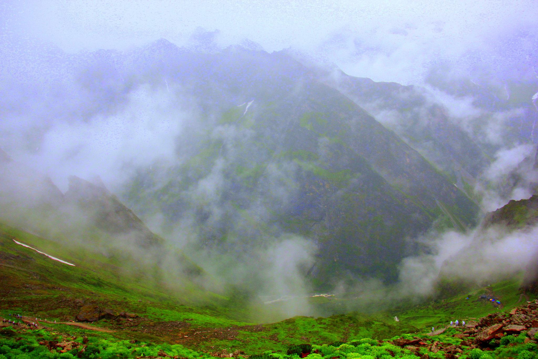 The trek to Hemkund Sahib offers lovely views