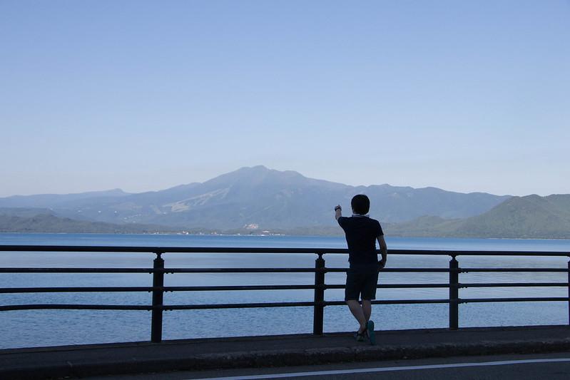 秋田駒ヶ岳と田沢湖