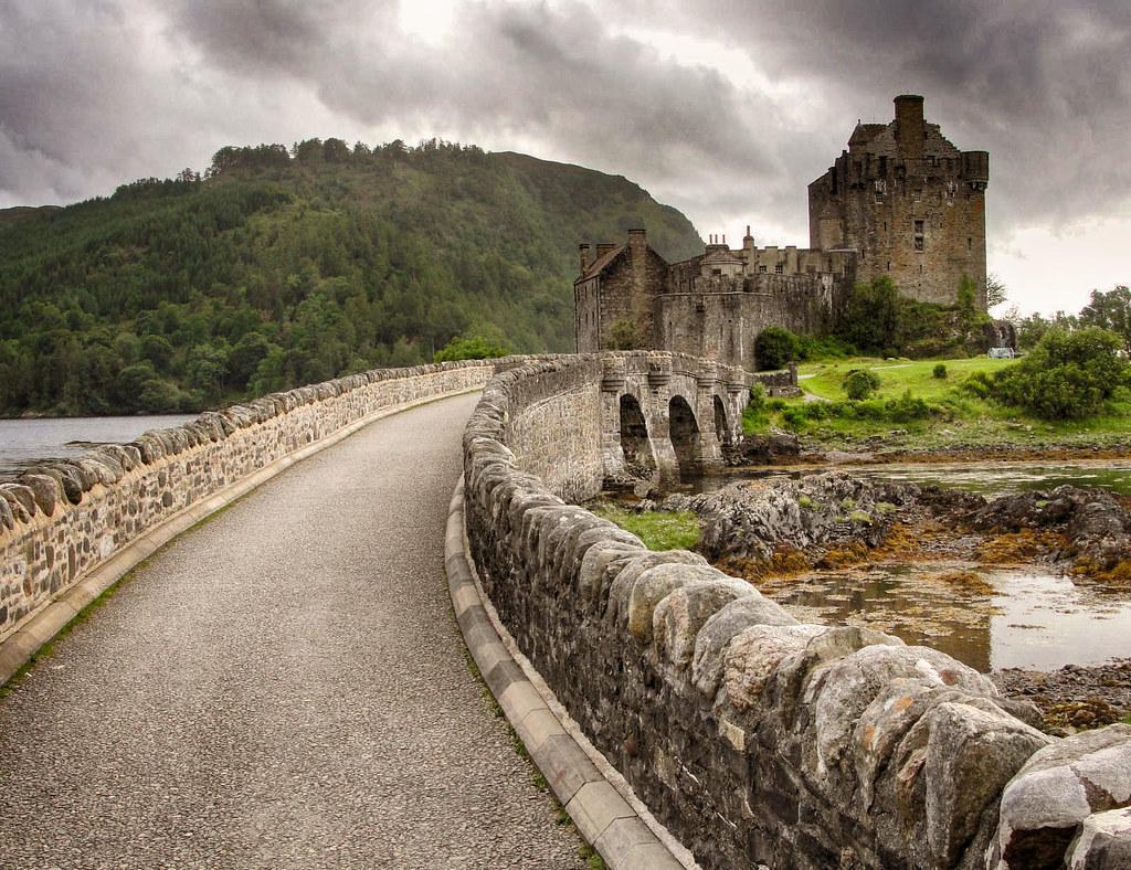 Eilean Donan, Scotland. Credit Nessy-Pic
