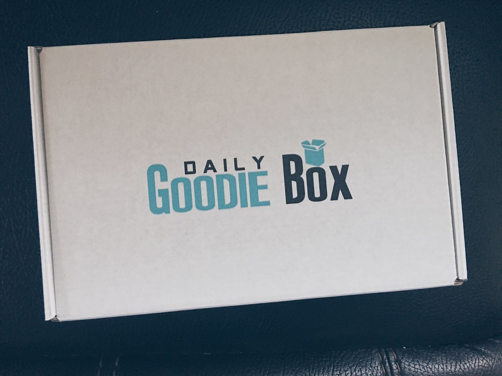 Daily Goodie Box: May 2018 Products & Review