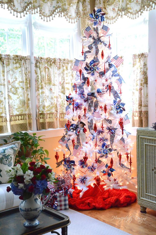 Patriotic Tree-Housepitality Designs-15