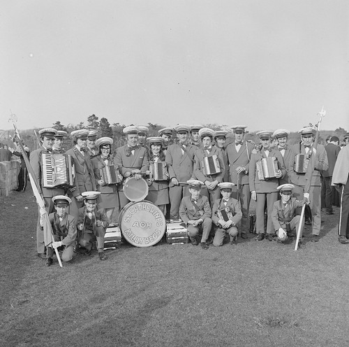 Marching accordions from Killybegs