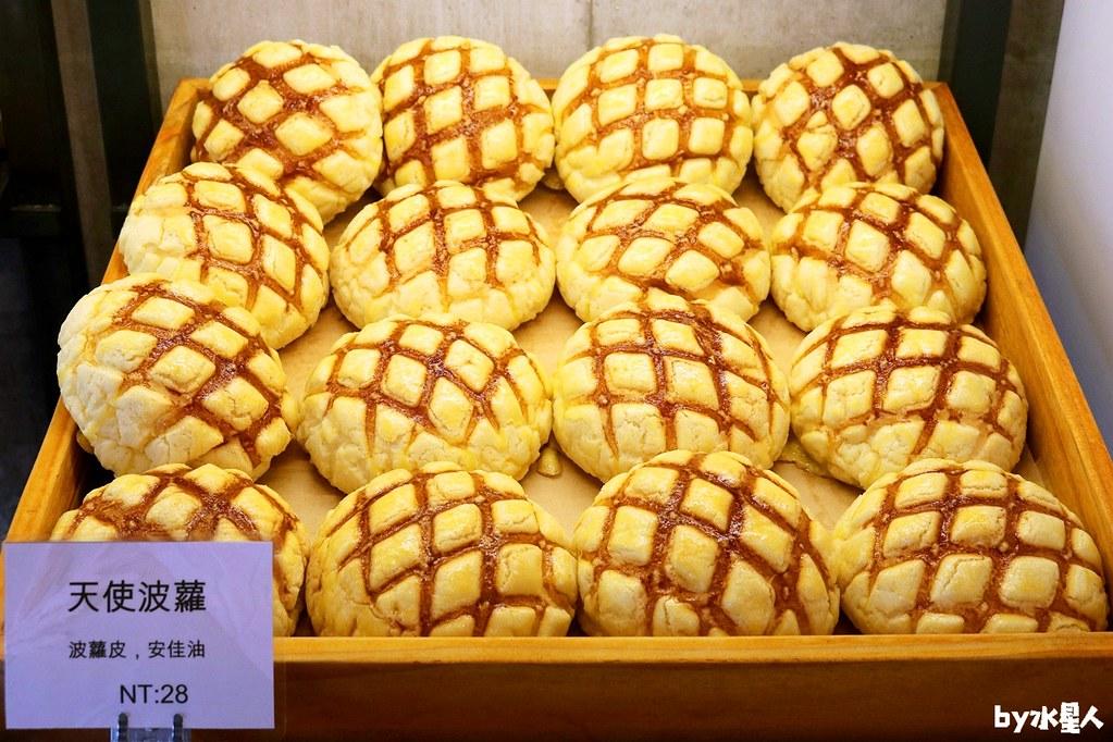 28598038038 287c624246 b - 熱血採訪|本丸麵包,每日手感烘焙新鮮出爐,大推爆滿蔥仔胖、明太子法國麵包