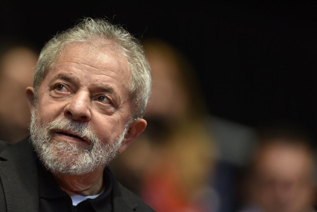 STJ nega mais um recurso de Lula para deixar prisão em Curitiba, Lula