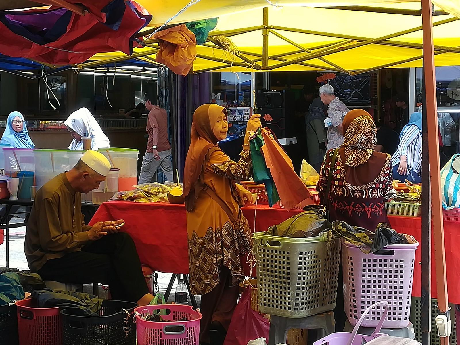 Sandakan market 00