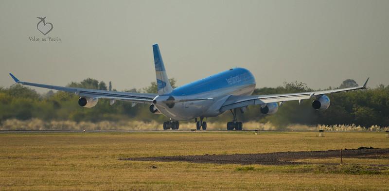 Aerolíneas Argentinas  - A340-300