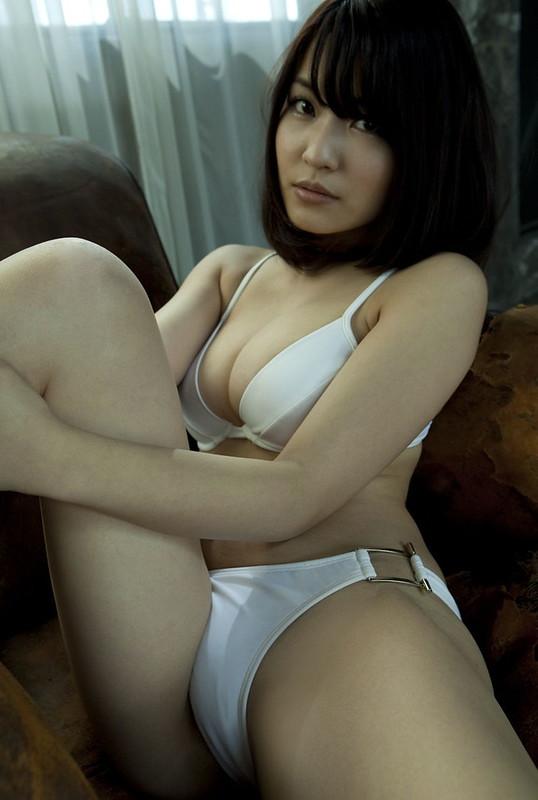 岸明日香011