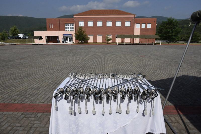 Βέροια – Σχολή Μετεκπαίδευσης: Τελετή ορκωμοσίας και επίδοσης ξιφών σε 32 νέους Υπαστυνόμους Β' του Τ.Ε.Μ.Α.