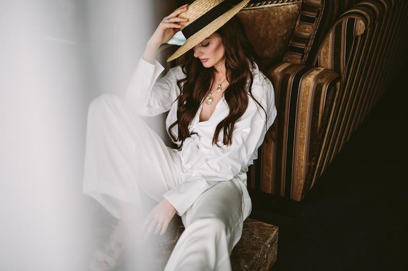 ladyvenom_whitenights_stylebook-266