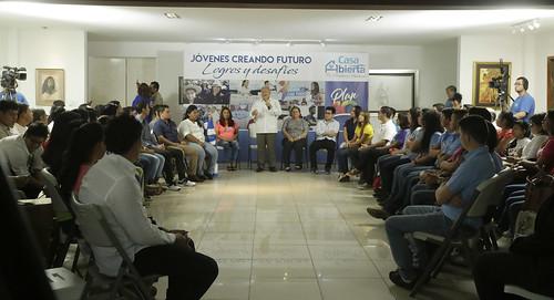 Casa Abierta: Jóvenes Creando Futuro.