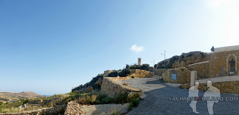 0517. Bajada de Xaghra a Victoria, Gozo