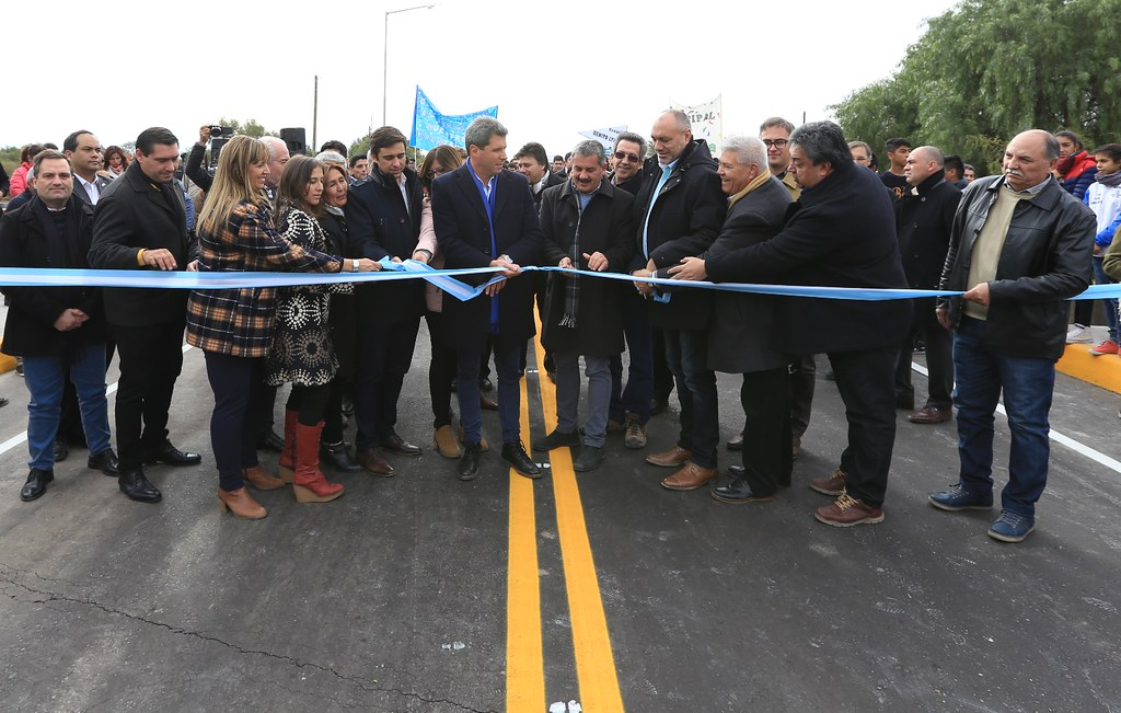 San Juan: Se inauguró el puente sobre río Las Tumanas