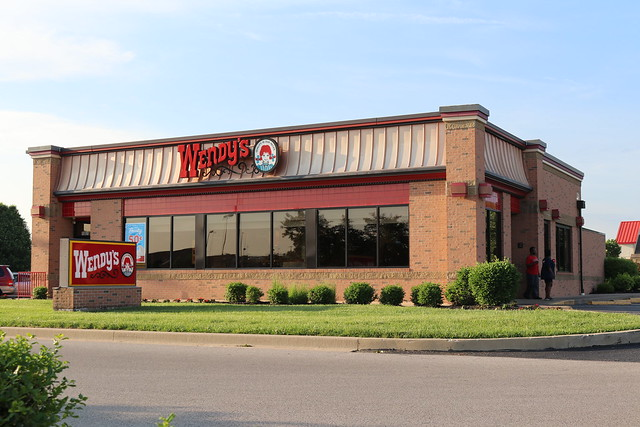 Wendys!, Canon EOS 80D, Canon EF-S 18-55mm f/3.5-5.6 IS STM