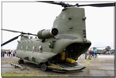 ZK552 - Royal Air Force Boeing CH-47D Chinook HC6 (3)