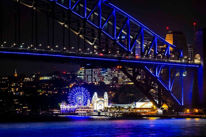VividSydney2018_CircularQuay_Skylark_CREDITDestinationNSW_KM-7096-1_preview.jpeg