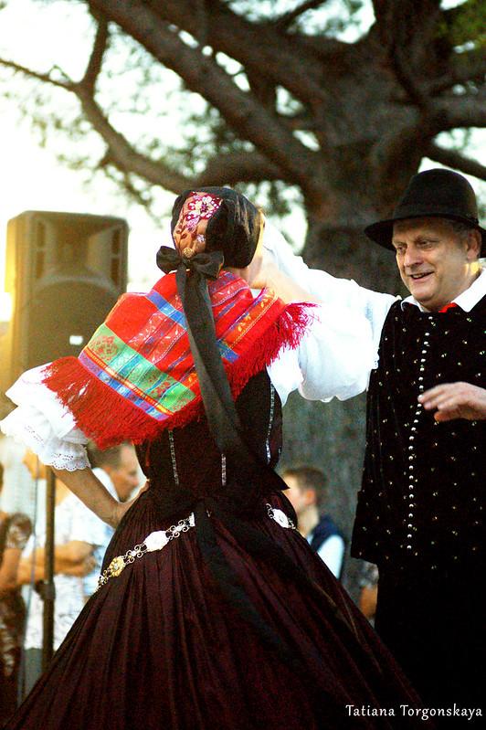Танец словенцев на фольклорном фестивале