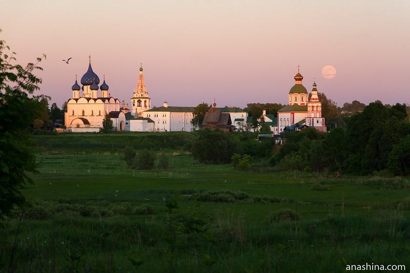 Суздальский кремль, Ильинская церковь, Ильинский луг, Суздаль