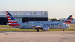 737-8 MAX AMERICAN AIRLINES N304RB
