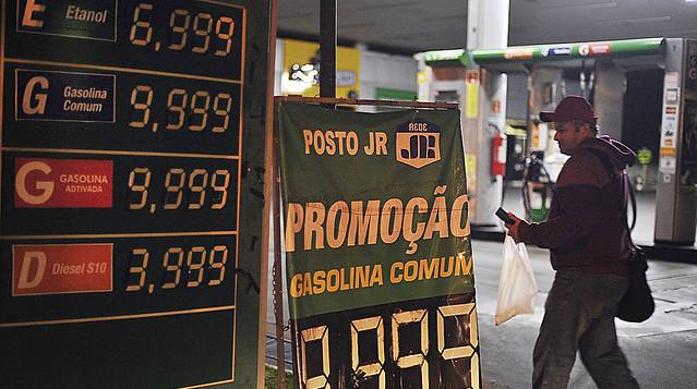 Greve dos caminhoneiros afetou o abastecimentos de postos de gasolina pelo país - Créditos: Marcelo Casal /Agencia Brasil