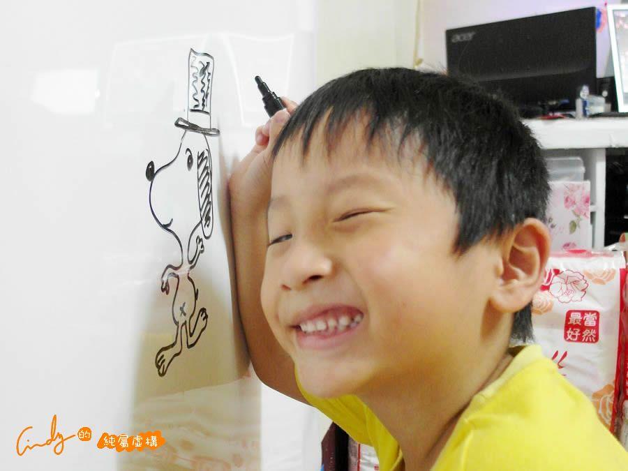 3M™Post-it® 多用途白板貼 簡單黏貼超方便推薦 給寶貝盡情揮灑畫筆的空間