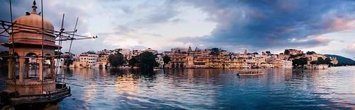 Luxury Gold India Experiences
