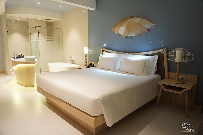 beyong patong hotel beyond room